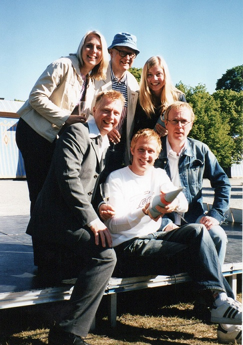 BildTheRealGroupKaramelodikt2002